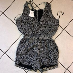 Abercrombie & Fitch - flowered romper